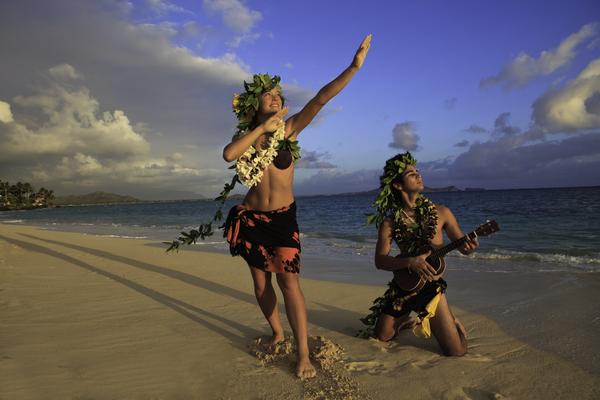 海でフラダンス