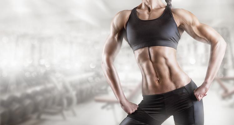 筋肉質の女性